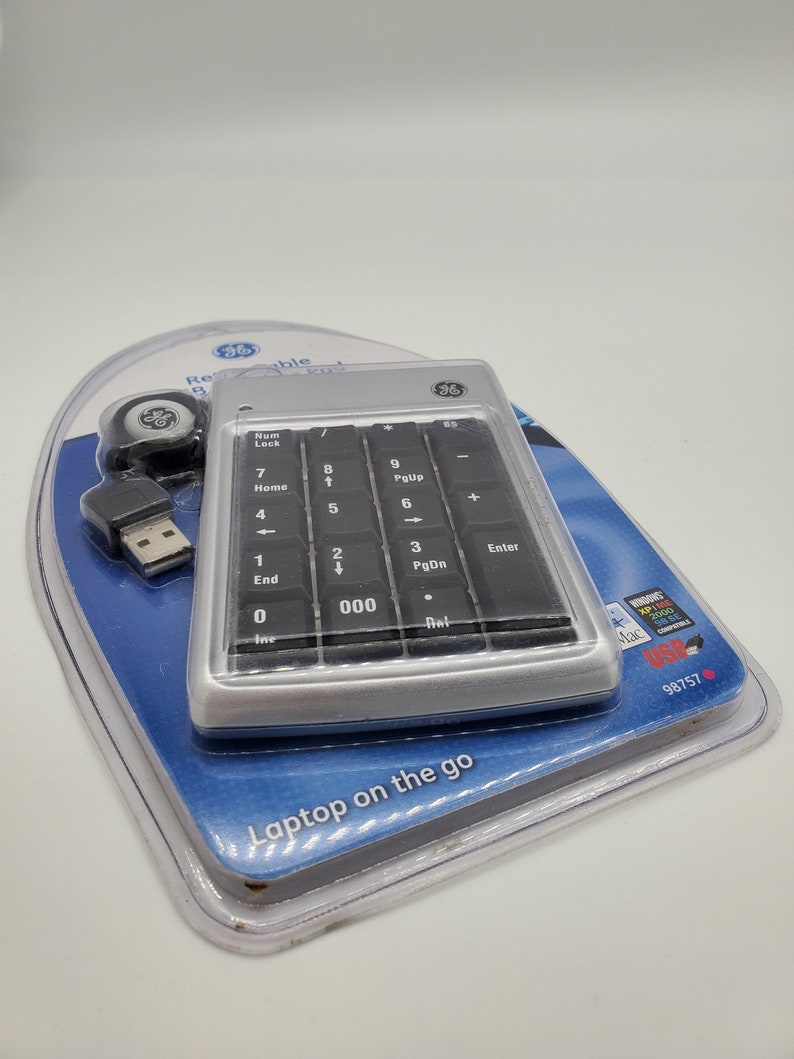 NEW GE 98757 Retractable USB Number Pad