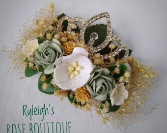 Frog Princess Tiara Clip, Mini Floral Crown, Halloween Hair Bow, Dress Up Accessory, Green White and Gold, For Girls