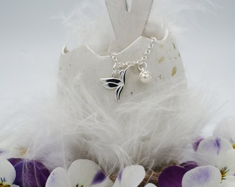 Hummingbird Necklace with Freshwater pearl