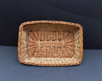 Vintage Wicker Basket/Catch All Basket/Key Basket/Candy Basket/Receipt Basket
