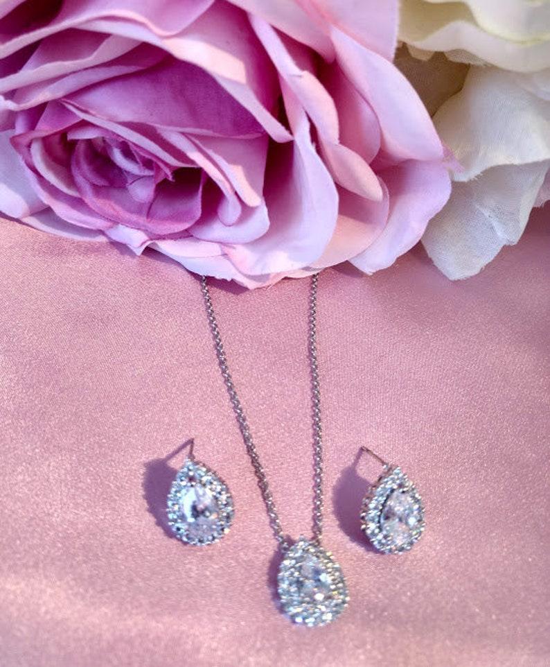 Wedding Necklace Elegant CZ Necklace Earrings Silver Pear CZ Necklace Cubic Zirconia Necklace Earring Set Bridal Necklace Set