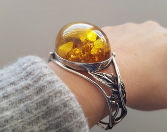 Set With Honey Amber Adjustable In Length  Ideal Bangle For Small Or Large Wrists Sterling Silver Ladies Baltic Honey Amber Celtic Bangle