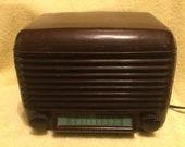 1947 Vintage Bakelite Firestone Air Chief Tube Radio