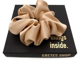 Giant scrunchies