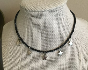 Black star choker
