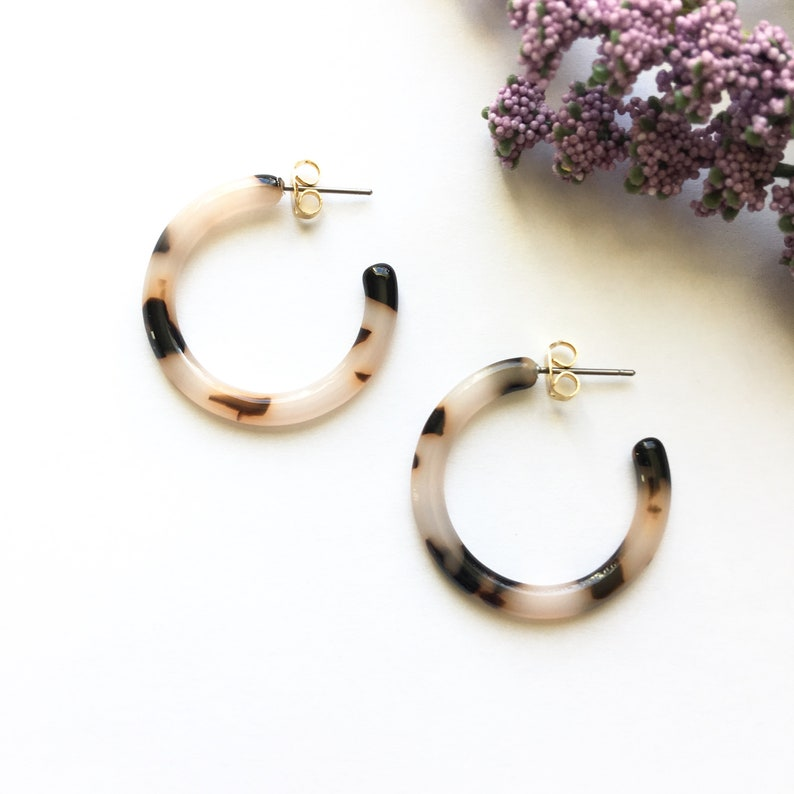 bbcd14c10 30mm Small Marble Gray Tortoise Shell Hoop Earrings | Etsy