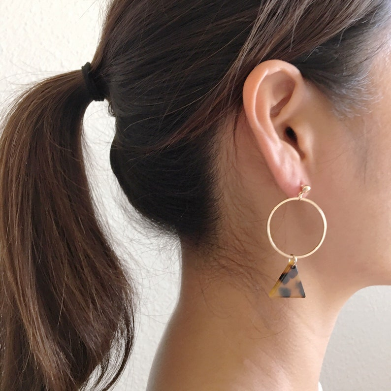 Triangle Tortoise Shell Dangle Earrings  Tortoise shell earrings  tortoise earrings  acetate earrings  cute earring  gift for her  B-25
