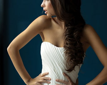 Barbara Corset wedding gown // Sweetheart neckline wedding dress