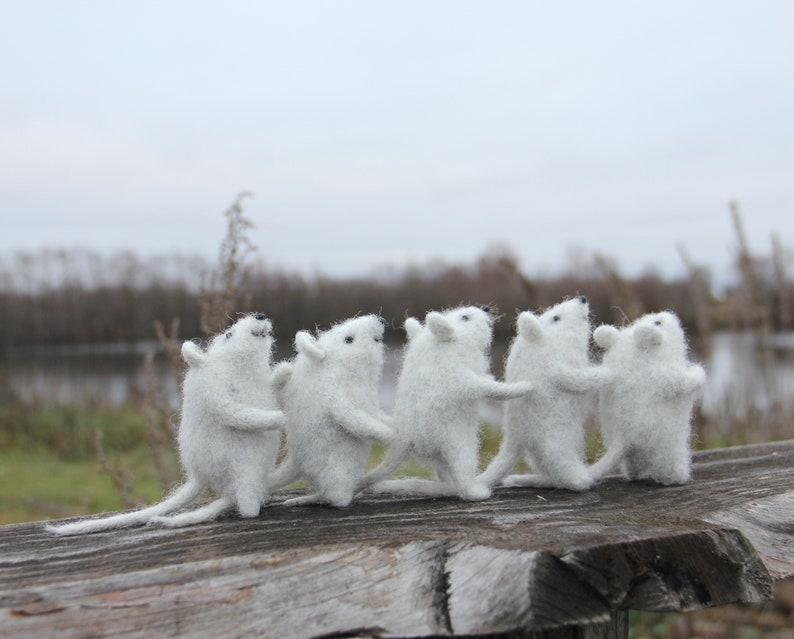 Grey wool cute mouse felt Miniature mice Needle Felted Mouse