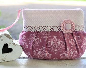 Make-up bags, cosmetic poubes, romantic, playful, lace, vintage, Crimean stalks, Bemali, crochet flower, wedding bag