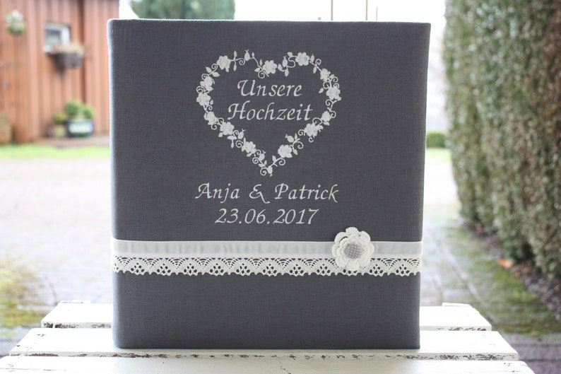 Wedding photo album with linen cover personalizable image 0