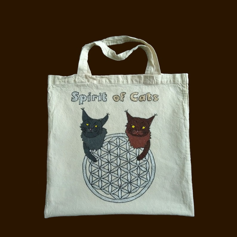 Carrying bag with saying Spirit of Cats image 0