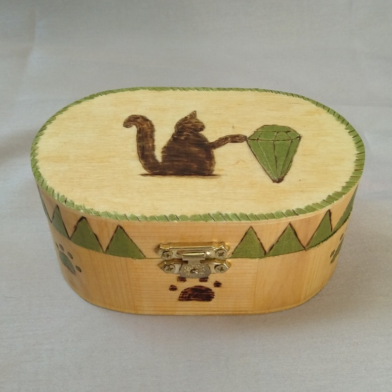 Wooden box Diamond cat for jewelry storage or image 0