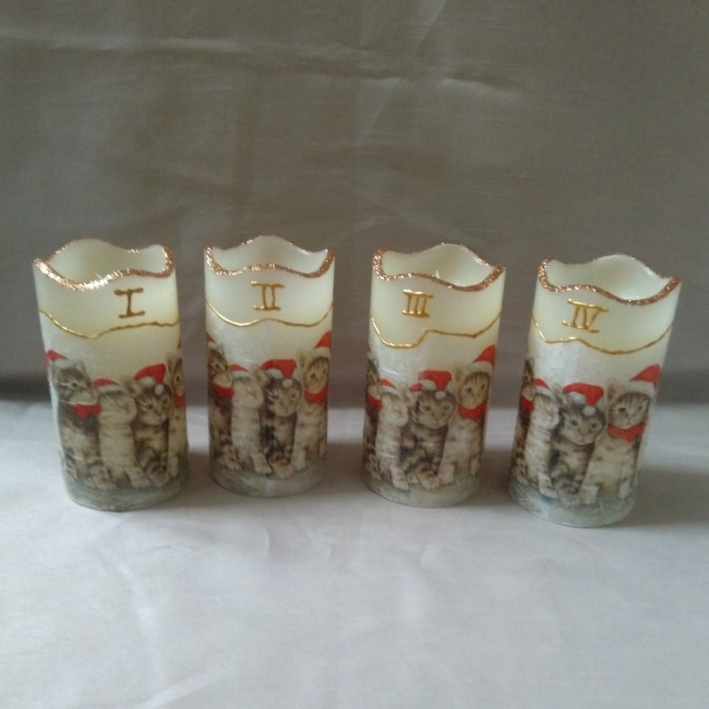Decoration LED candles Adventcats in napkin image 0