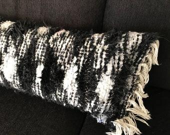 Handwoven roll pillow | long pillow | Black and white pillow | Bed roll pillow | Neck roll pilllow | Long roll pillow | Scandinavian stijl
