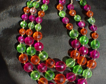 Coro candy coloured vintage lucite necklace