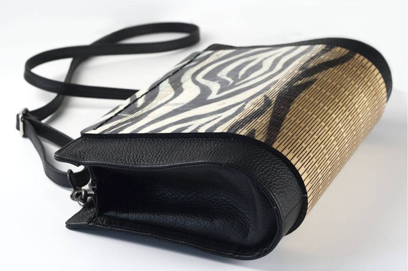 Wooden bag and real leather  Animalier zebrine image 0