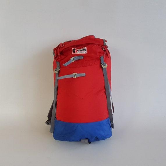 Vintage Backpack / Hiking Backpack / Intersport /