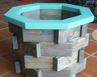 Decorative planter. Perfect for large indoor or outdoor plants.