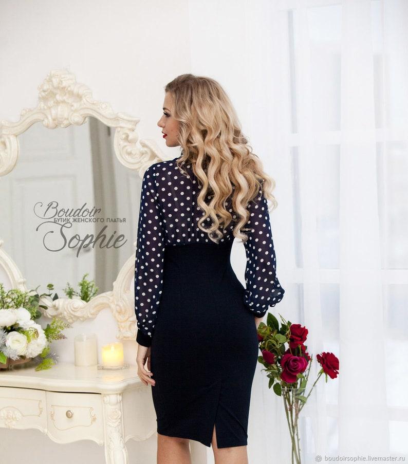 fd7b1c0a456cc6 Klassieke modieuze polka-dot trui donkerblauw jurk