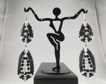 Black and white Bead woven Earrings/ Beaded Earrings/ Crystal earrings
