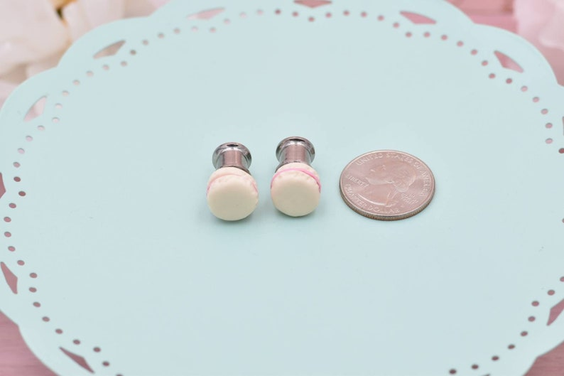 Polymer 2g 4g Off-White and Pink Macaron Double Flare Gauges 6g 10g 00g 0g Kawaii Accessories 8g Stainless Steel Plugs