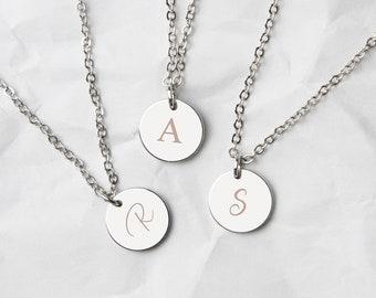 4ad5a202c5 Collana medaglione, collana personalizzata, incisa lettera collana, collana  originale, gioielli personalizzati, festa della mamma, (C-MED-003)