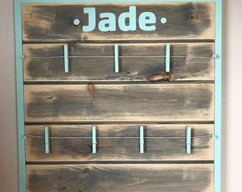 Personalized Snapshot Picture Board (Shiplap Style)