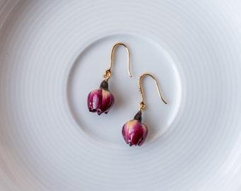 Red rose earrings,preserved dried flower handmade earrings,irregular earrings,asymmetrical,personalized,one long and one short pearl