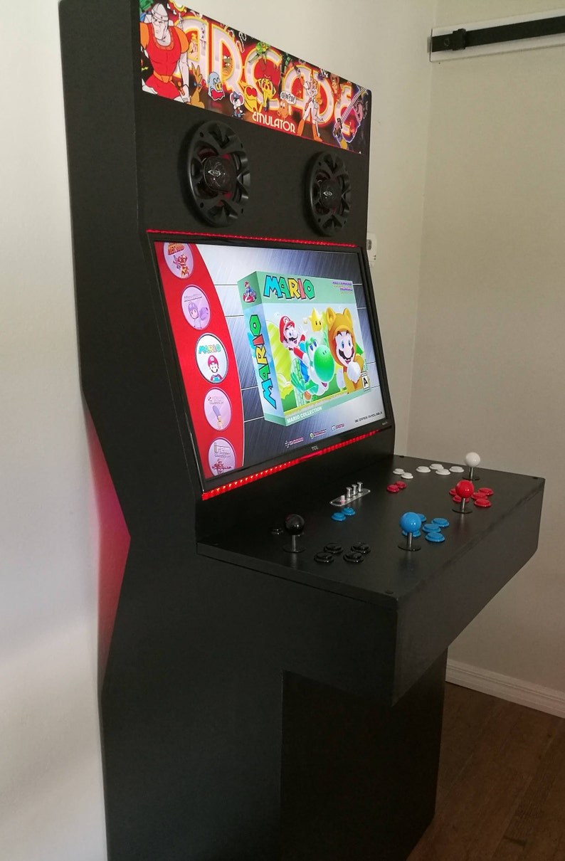 b34089417323 4 Player Arcade Cabinet with Thousands of retro games