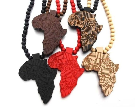 Africa Pendant beaded necklace