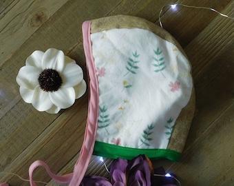 3-6 bonnet swan linen baby bonnet