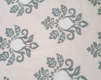Soft Pink Damask blanket