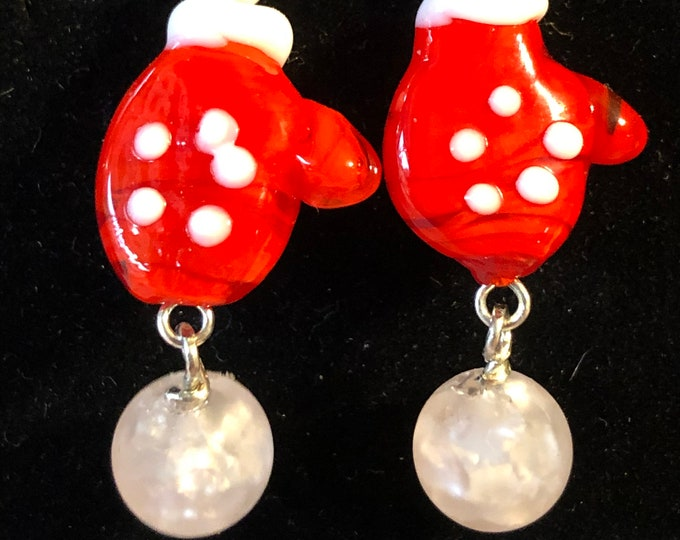 Christmas Mitten Lampwork Glass Earrings with crackle glass snowballs Sterling silver earring wires