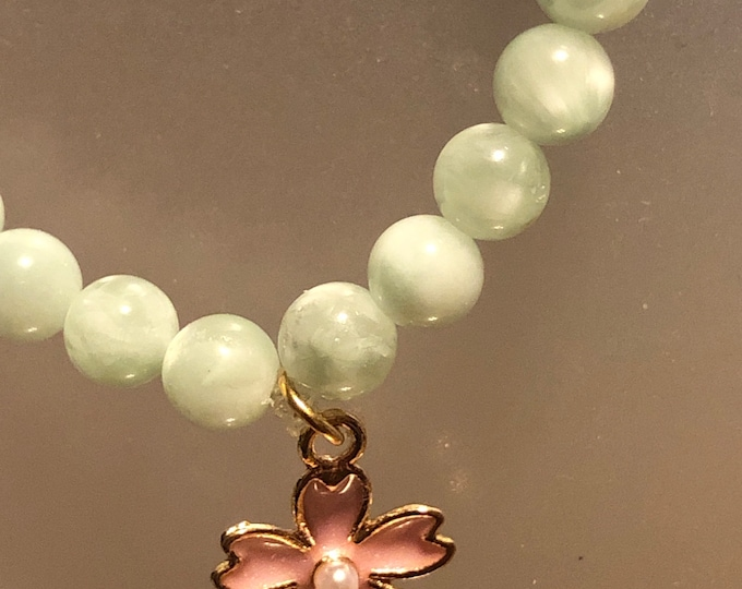 6mm Genuine AAA  Natural Green Moonstone Stretch Bracelet With Beautiful Gold Enamel Pink Flower with pearl Beautiful Foam Green
