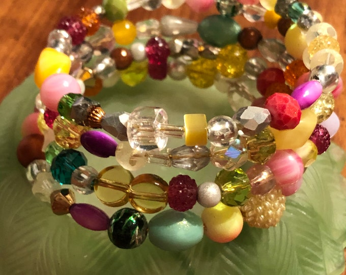 Jesse James Beaded Memory Wire Bracelet fits size 7-8.5  Unique, One of a kind, Handcrafted pastel