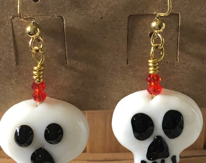 glass skull earrings for day of the dead or halloween!! Dangle drop on gold plate and swarovski crystal accents