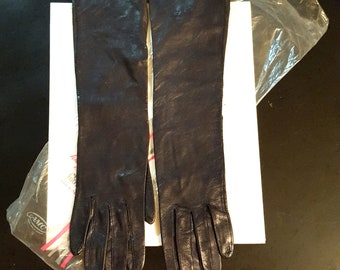 Exquisite fine Italian black pebbled leather long mid forearm length gloves Wear Right brand sz. 6 small/x-small Italy