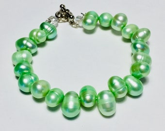 Handcrafted Green Freshwater Pearl Bracelet with Toggle Clasp