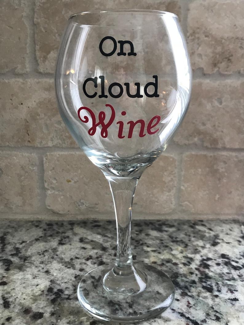 On Cloud Wine Wine Glass