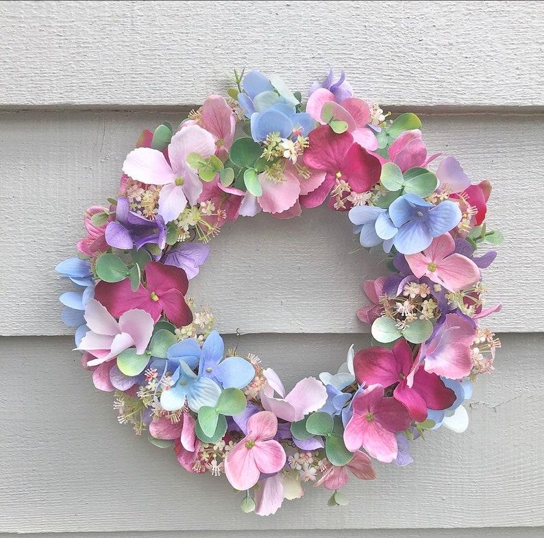 26cm 'Joy' door wreath image 0
