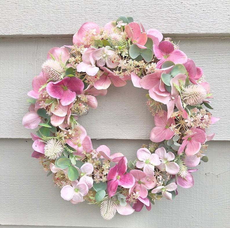 26cm 'Pretty in Pink' door wreath image 0