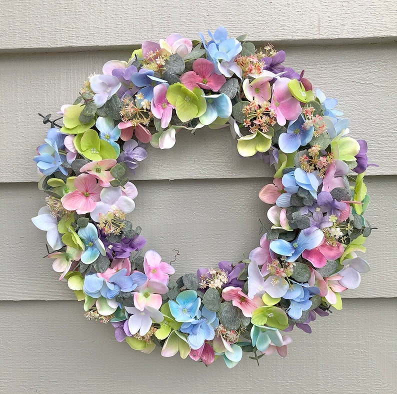 38cm 'Joy' faux hydrangea door wreath/ table image 0