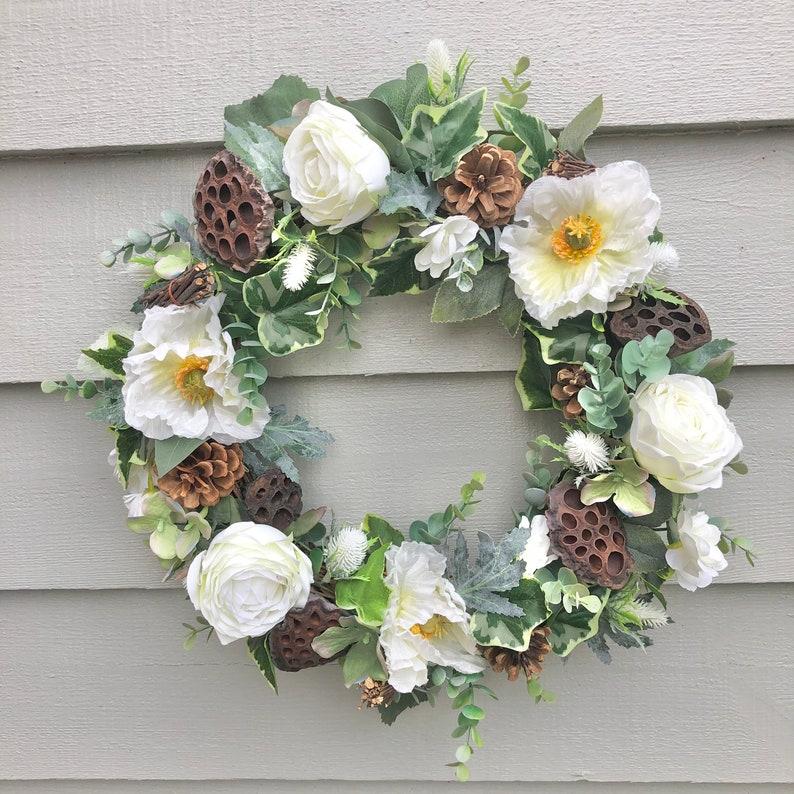 40cm 'Autumn White' door wreath/ wall decor image 0