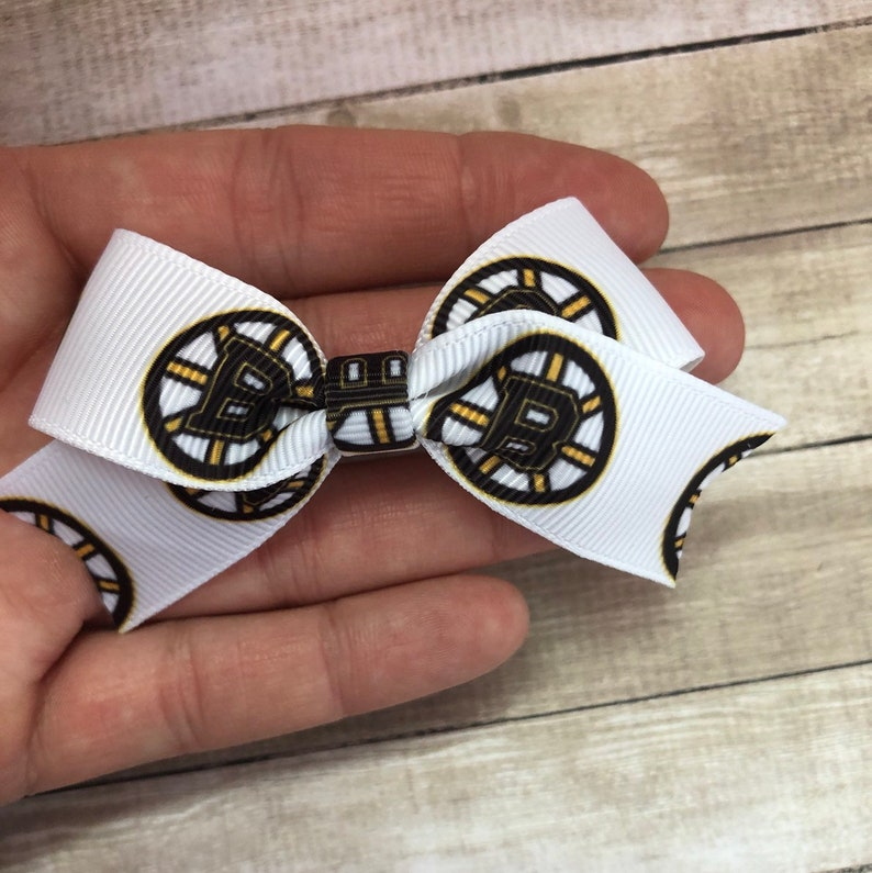 hockeys fans and gifts Boston Bruins Hockey Hair Clip Bow or Headband One Size fits all for newborns toddlers and small children babies