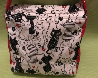 Insulated Lunch Bag / Cat