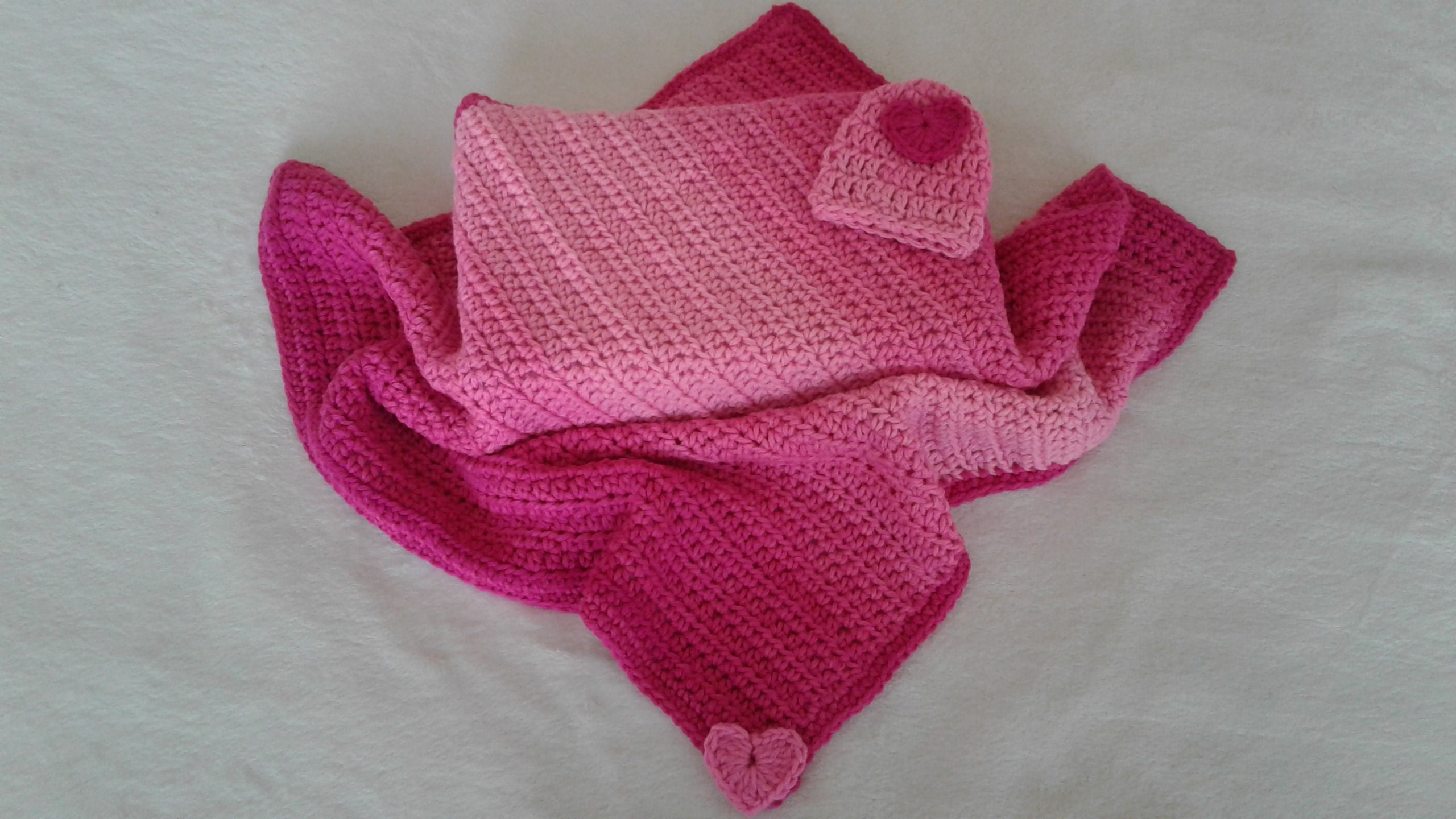 6ce66b433e56 Precious Hearts Baby Blanket and Hat. Jazzy Fiusha. Soft and