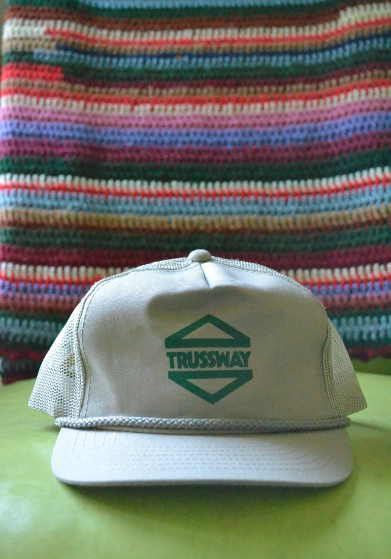 3a67ceed685 Trussway Vintage Young An Hat Company Trucker Hat