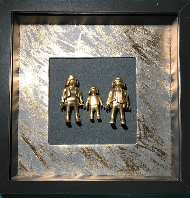 69374711b75 LEGO frame Playmobil family gold piece unique deco wall