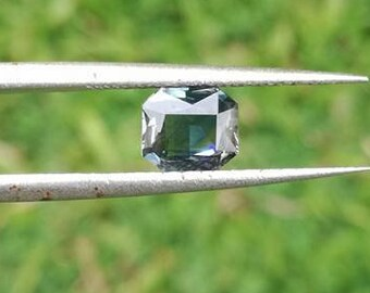 Ceylon Natural Green Sapphire 1.23 ct Attractive Gem Stone